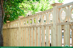 eastern-wood-fence-board-on-board-with-rings